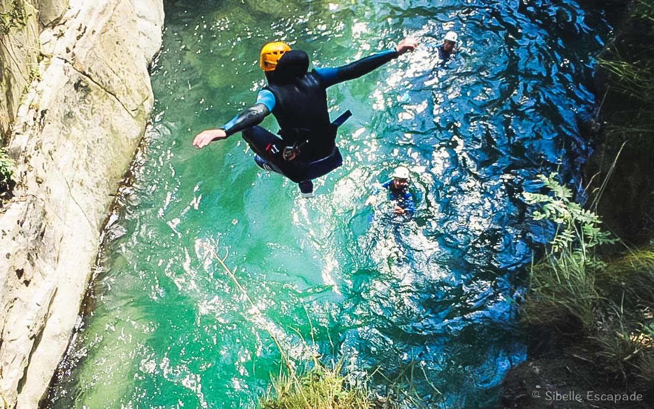 Canyon Marc Ariège saut vasque finale